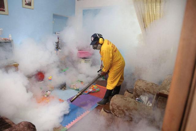 устранение запахов в квартире в Москве